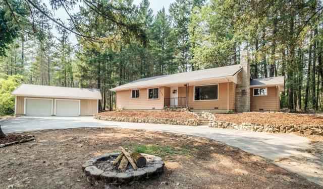 945 W Evans Creek Road, Rogue River, OR 97537 (#2992871) :: Rocket Home Finder