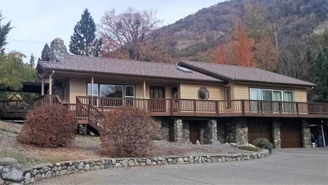 1438 NE Sherman Lane, Grants Pass, OR 97526 (#2992929) :: Rocket Home Finder