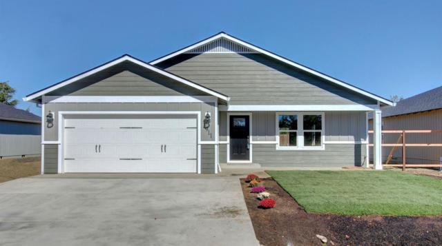 3911 Avenue E, White City, OR 97503 (#2993479) :: Rutledge Property Group