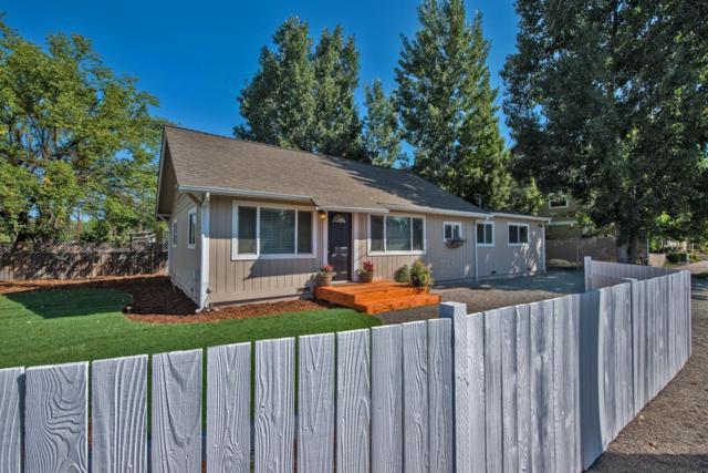 355 Berrydale Avenue, Medford, OR 97504 (#2993735) :: Rocket Home Finder