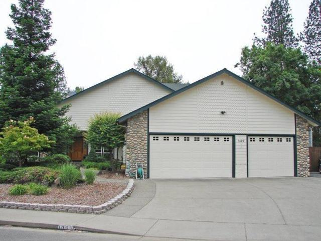 1099 SE Oriole Street, Grants Pass, OR 97526 (#2993910) :: Rocket Home Finder