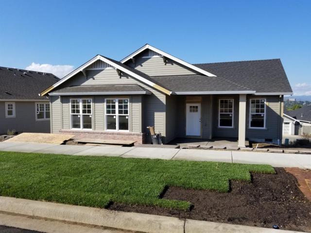 1106 Stanford Avenue, Medford, OR 97504 (#2994132) :: Rocket Home Finder