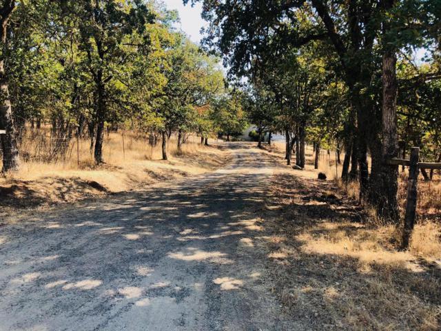 920 Rock Creek, Gold Hill, OR 97525 (#2994199) :: Rocket Home Finder