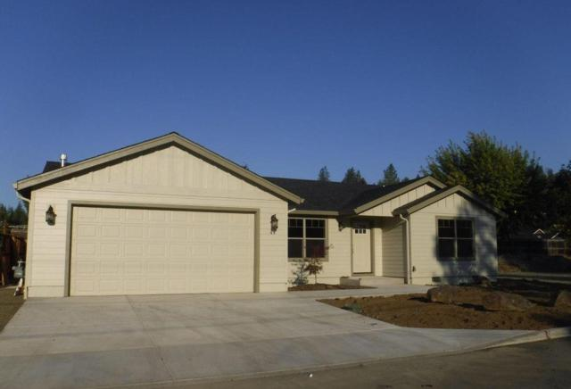 44 Sloans Way, Shady Cove, OR 97539 (#2994272) :: Rocket Home Finder
