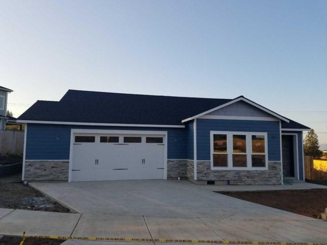 1060 Ruby Meadows Drive, Eagle Point, OR 97524 (#2994307) :: Rocket Home Finder