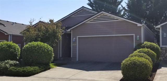 2532 Parkwood Village Lane, Central Point, OR 97502 (#2994329) :: Rocket Home Finder