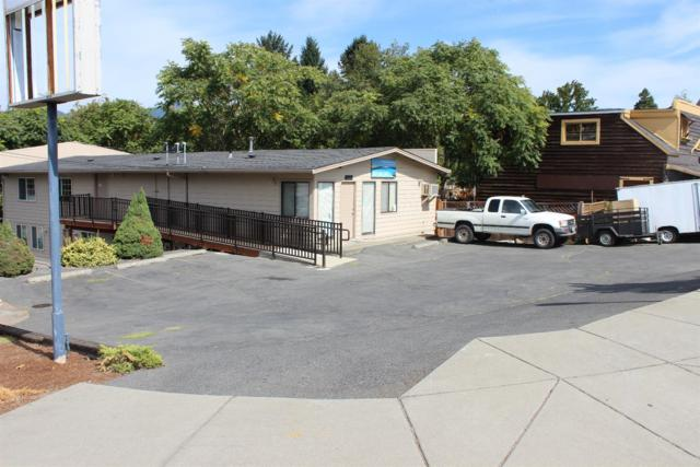 824 Rogue River Highway, Grants Pass, OR 97527 (#2994339) :: Rocket Home Finder