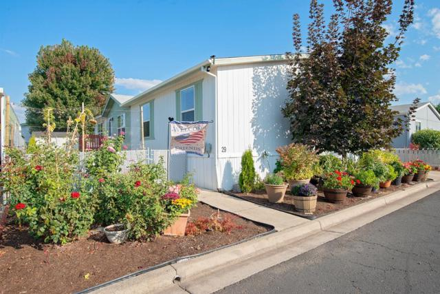 2552 Thorn Oak Drive #29, Medford, OR 97501 (#2994375) :: Rocket Home Finder