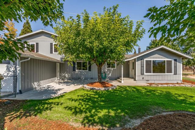 1626 NW F Street, Grants Pass, OR 97526 (#2994376) :: Rocket Home Finder