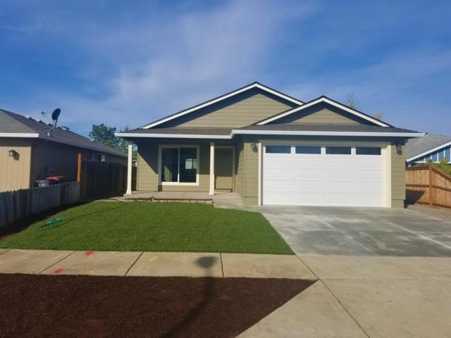 2629 Wyatt Drive, Medford, OR 97501 (#2994421) :: Rocket Home Finder