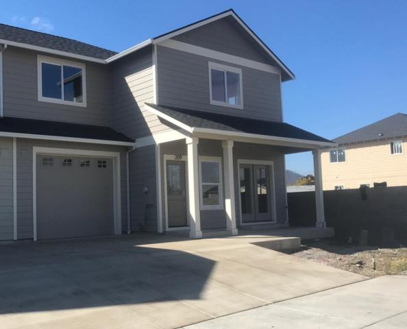 209 Wintersage Circle, Talent, OR 97540 (#2994798) :: FORD REAL ESTATE