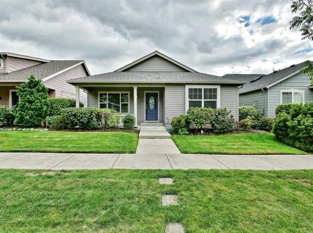 3322 Edgewater Drive, Medford, OR 97504 (#2994840) :: Rocket Home Finder