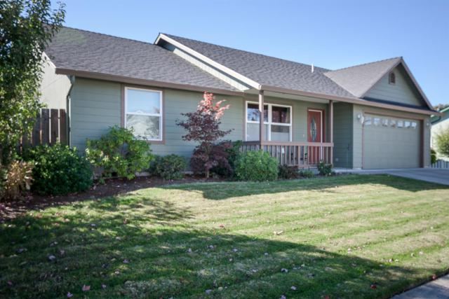 267 St Ives Drive, Talent, OR 97540 (#2995232) :: Rutledge Property Group