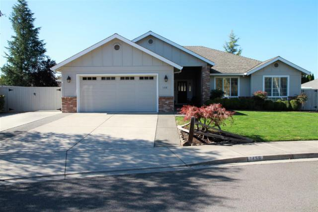 1456 Yellowstone Avenue, Medford, OR 97504 (#2995290) :: Rocket Home Finder
