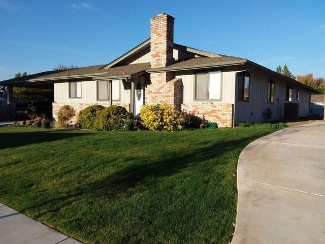 421 Teakwood Drive, Eagle Point, OR 97524 (#2995798) :: FORD REAL ESTATE