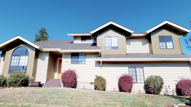 904 NW Regent Drive, Grants Pass, OR 97526 (#2995839) :: Rocket Home Finder