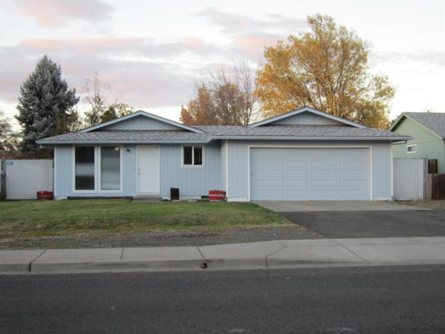 3045 Avenue A, White City, OR 97503 (#2995868) :: Rocket Home Finder