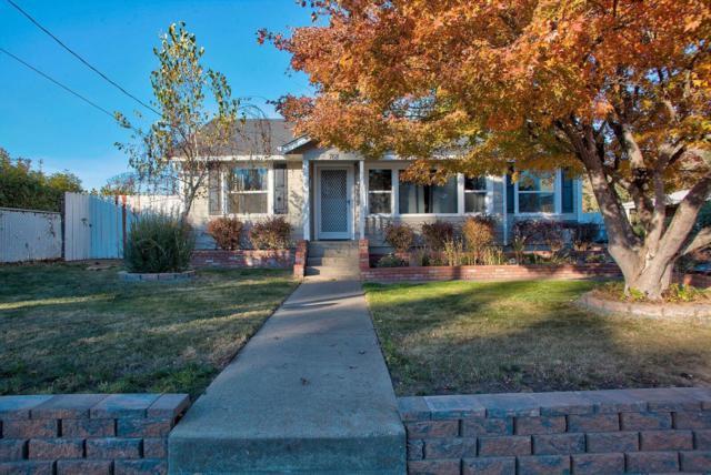 768 NE Wharton Drive, Grants Pass, OR 97526 (#2995977) :: Rocket Home Finder