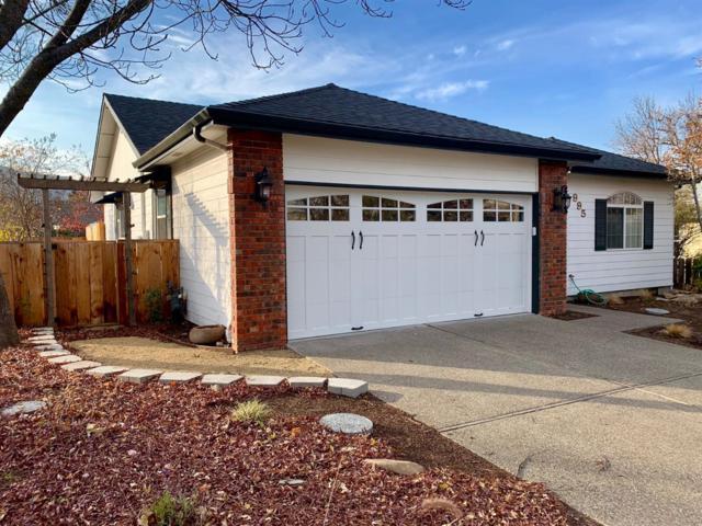 995 Oak Street, Ashland, OR 97520 (#2996108) :: Rocket Home Finder