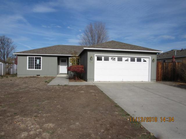 3857 Heritage Way, White City, OR 97503 (#2996184) :: Rocket Home Finder