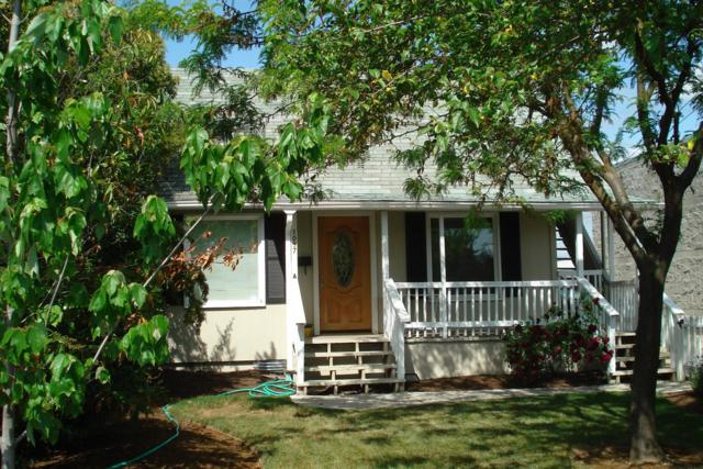 1093-1097 Beatty Street A-B, Medford, OR 97501 (#2996210) :: FORD REAL ESTATE