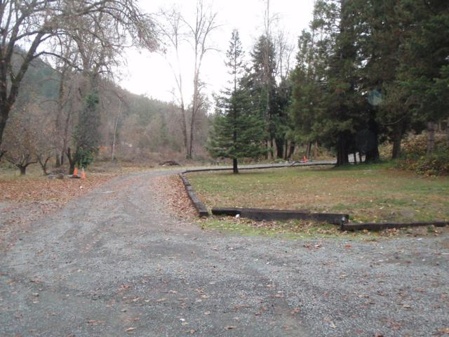 1300 W Evans Creek Road, Rogue River, OR 97537 (#2996485) :: Rutledge Property Group