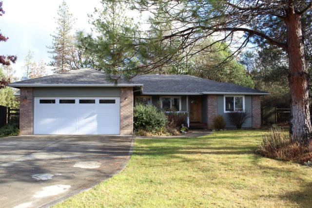 320 Green Acres Drive, Merlin, OR 97532 (#2996961) :: FORD REAL ESTATE