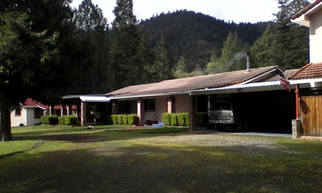1903 Holcomb Springs Road, Gold Hill, OR 97525 (#2997542) :: FORD REAL ESTATE