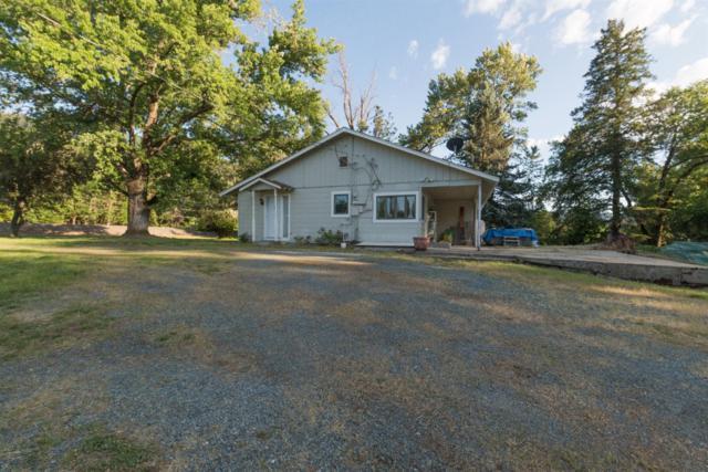2655 East Evans Creek Road, Rogue River, OR 97537 (#2997690) :: Rutledge Property Group