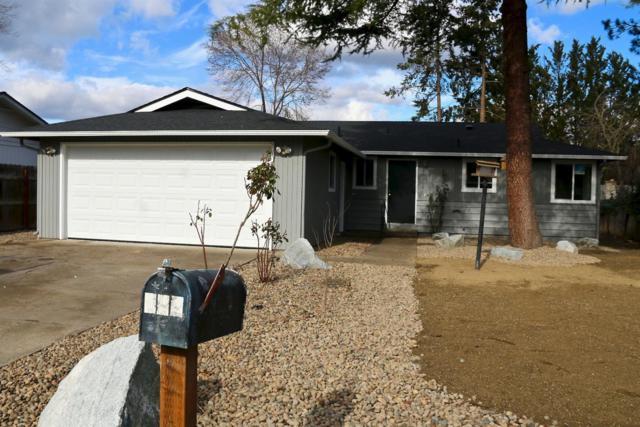 112 Locke Lane, Phoenix, OR 97535 (#2998016) :: Rutledge Property Group