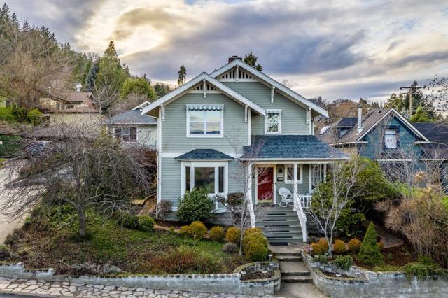 361 Scenic Drive, Ashland, OR 97520 (#2998258) :: Rutledge Property Group