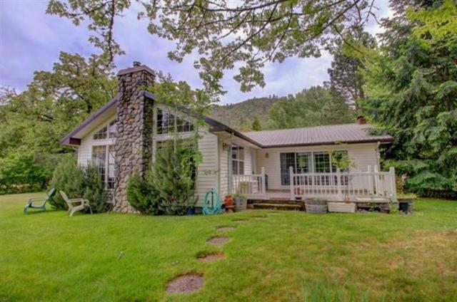 20463 Highway 62, Shady Cove, OR 97539 (#2998420) :: FORD REAL ESTATE
