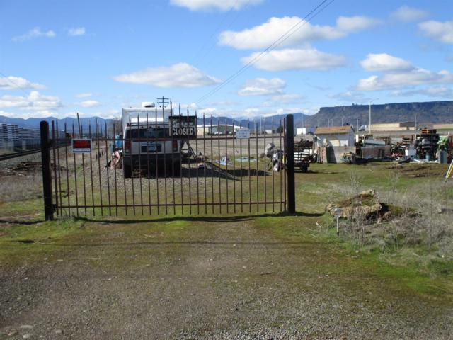 182 Salmon, White City, OR 97502 (#2998447) :: FORD REAL ESTATE