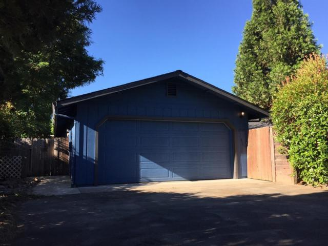 2509 SW Leonard Road, Grants Pass, OR 97527 (#2998462) :: FORD REAL ESTATE