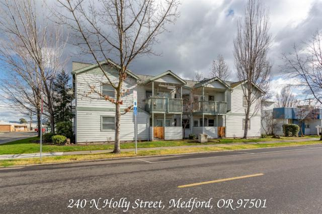 240 N Holly Street, Medford, OR 97501 (#2998559) :: FORD REAL ESTATE