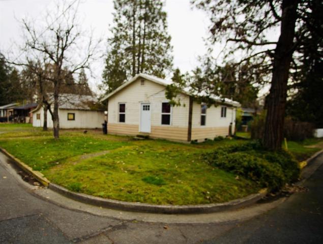 1605 SW I Street, Grants Pass, OR 97526 (#2998567) :: FORD REAL ESTATE