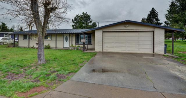 1180 S Holly Street, Medford, OR 97501 (#2999392) :: FORD REAL ESTATE