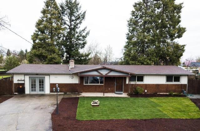 362 Central Valley Drive, Central Point, OR 97502 (#2999936) :: FORD REAL ESTATE