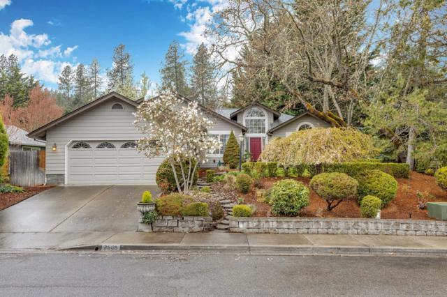 2508 NW Lassen Way, Grants Pass, OR 97526 (#3000274) :: FORD REAL ESTATE