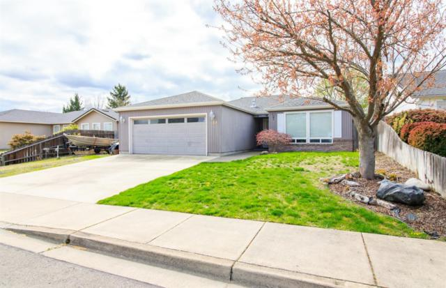 158 Woodridge Drive, Central Point, OR 97502 (#3000398) :: FORD REAL ESTATE