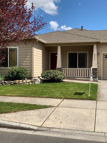 831 Isherwood Drive, Central Point, OR 97502 (#3000648) :: FORD REAL ESTATE