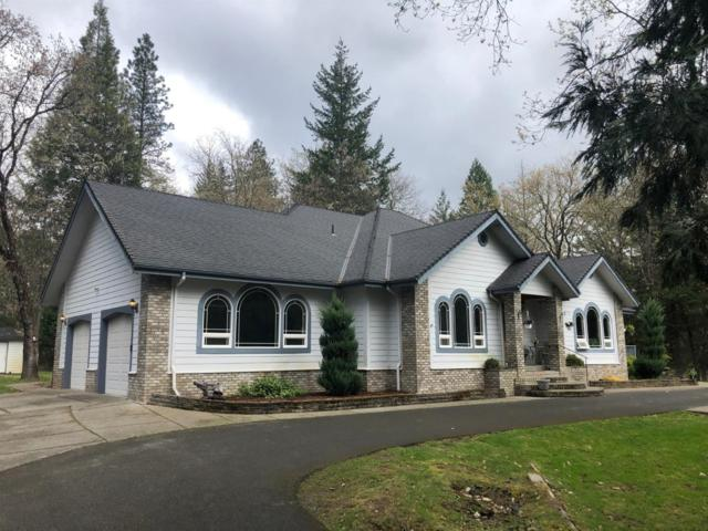 3021 Russell Road, Grants Pass, OR 97526 (#3000753) :: FORD REAL ESTATE