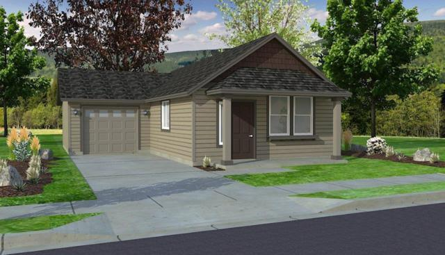 20 Oak Heights Drive, Eagle Point, OR 97524 (#3000759) :: FORD REAL ESTATE