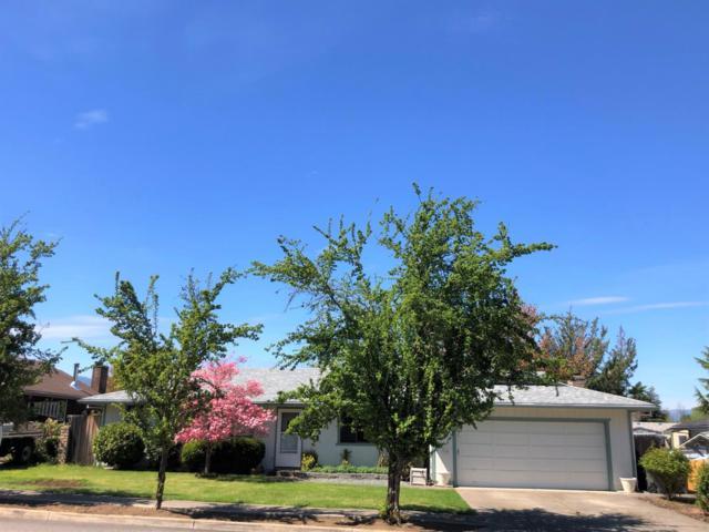 1013 N Rose Street, Phoenix, OR 97535 (#3000798) :: FORD REAL ESTATE