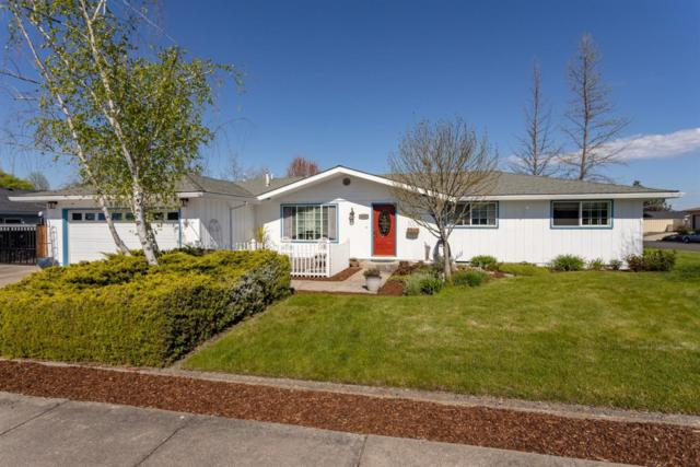 5055 Crestwood Avenue, Central Point, OR 97502 (#3000811) :: FORD REAL ESTATE