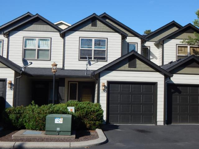 157 Casey Way, Central Point, OR 97502 (#3002569) :: FORD REAL ESTATE