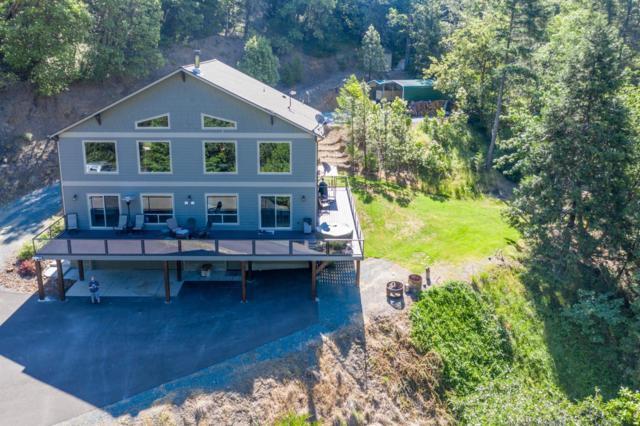 5675 Sardine Creek L Fork Road, Gold Hill, OR 97525 (#3002731) :: FORD REAL ESTATE