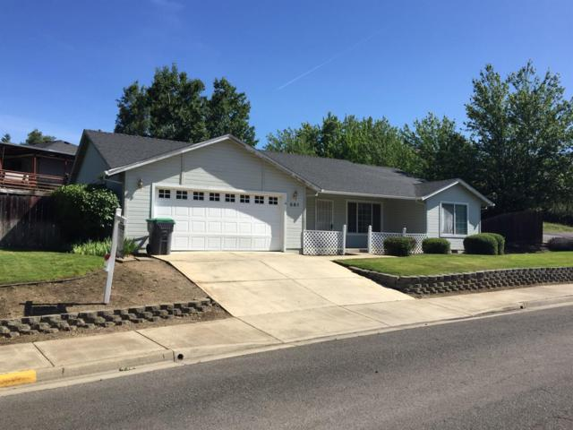 581 C Street, Phoenix, OR 97535 (#3003017) :: FORD REAL ESTATE