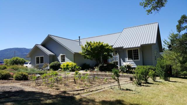 5520 S Fork Little Butte Creek Road, Eagle Point, OR 97524 (#3003062) :: FORD REAL ESTATE