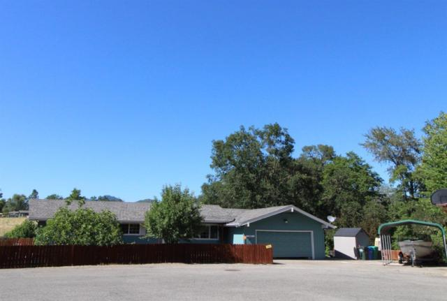 266 Swarthout Drive, Grants Pass, OR 97527 (#3003170) :: FORD REAL ESTATE